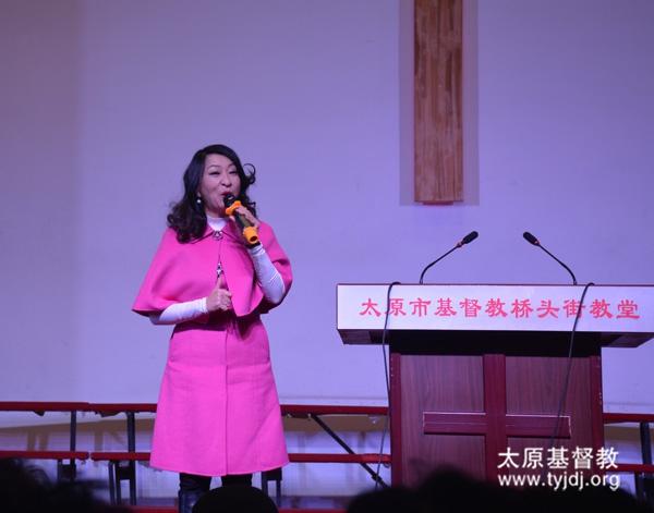 香港爱基金主席蒋丽萍姊妹在桥头街堂举办音乐赞美会